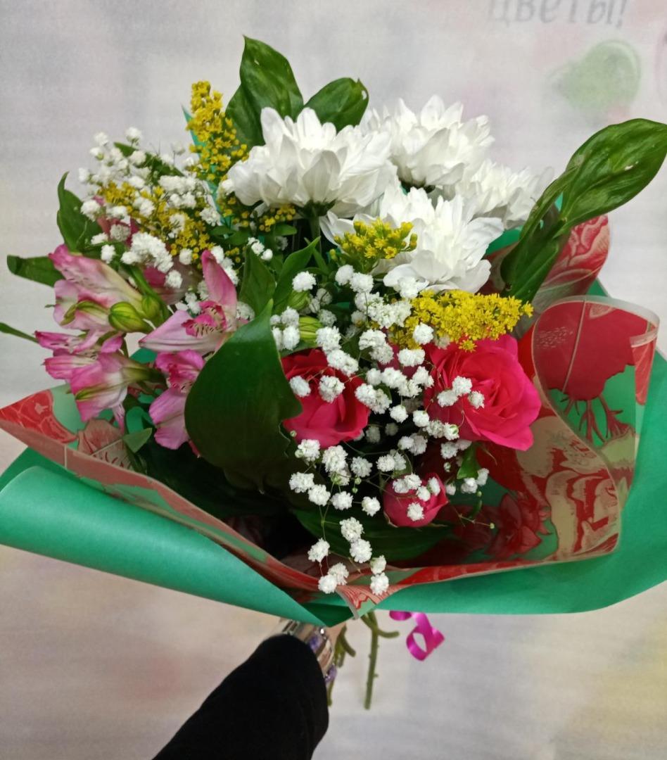 Букет, грин доставка цветов цветы от лены бочковской якутске